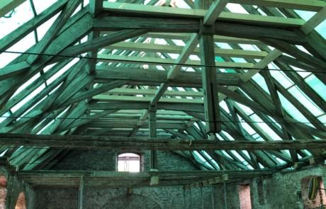Dachstuhl während der Sanierung